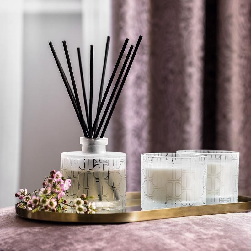 Диффузор для дома с «новогодним» ароматом